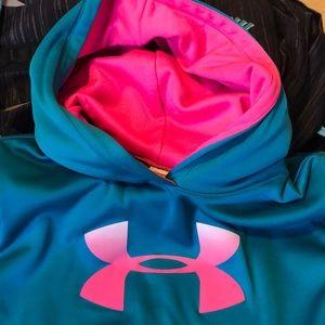 Under Armour Sweaters - New Under Armor sweatshirt